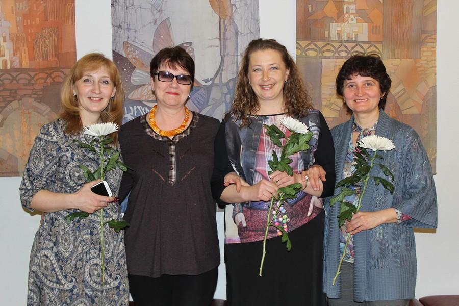 детей увольнение директора художественной школы 3 екатеринбург комбинезон лисичками